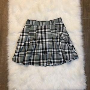 ☆PRICE FIRM☆ [h&m] black plaid skirt